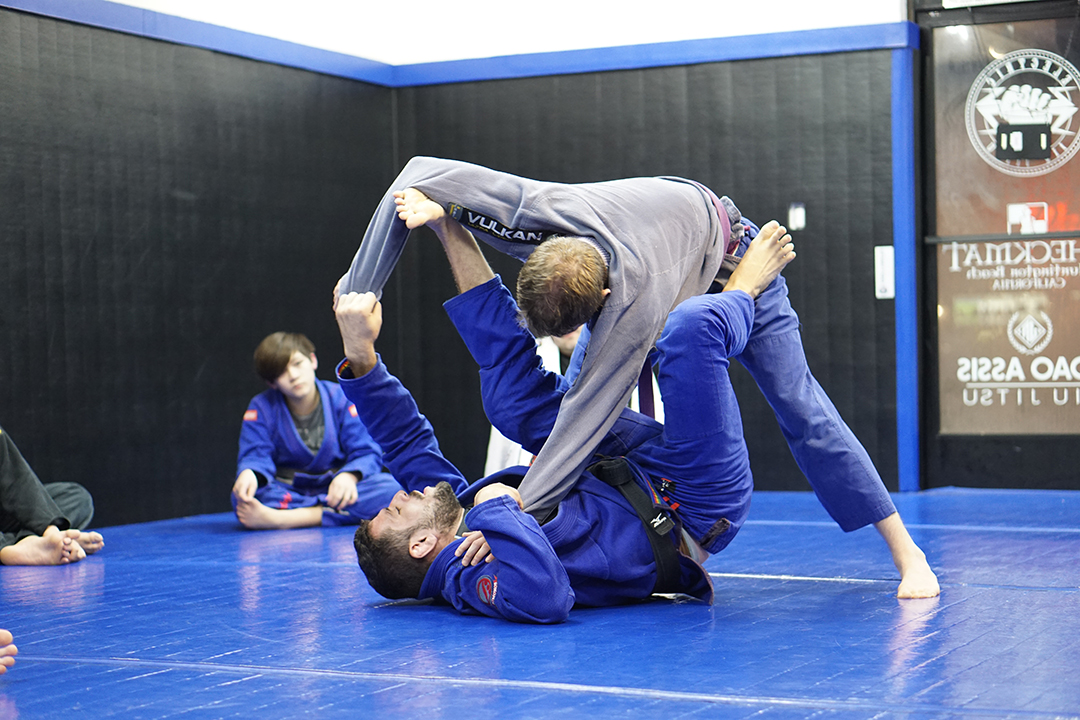 Electric BJJ with Joao Assis – Rise Again BJJ